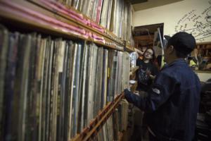 DJ Hero searching